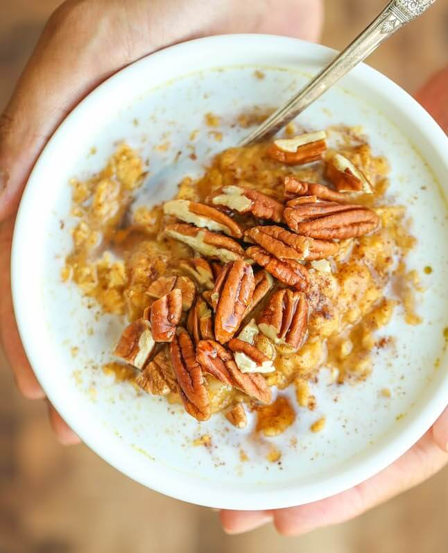 8 Vegan Oatmeal Delights That Will Make Your Day